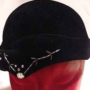 Vintage Deauville made in Italy hat 22